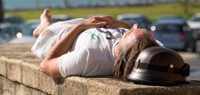 Schlafen während der Arbeitszeit: Das geht doch gar nicht? Oder doch?