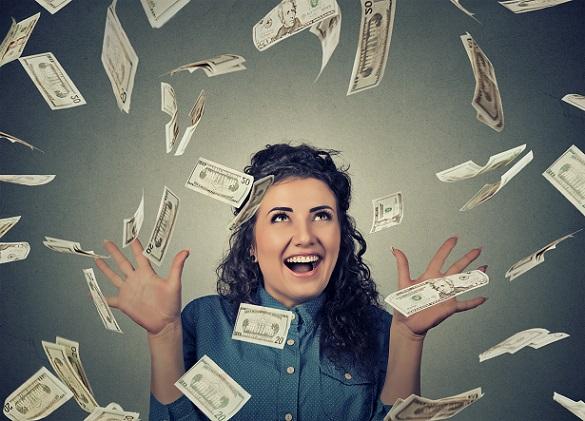 Diese junge Frau weiß wie es geht, mit ihrem Blog Geld zu verdienen
