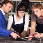 Bewerbung zum Industriemechaniker/in: Vielfältige Aufgabengbiete für junge Menschen!