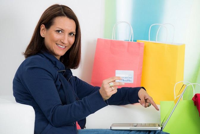 Was auf den ersten Blick eine schnelle und praktische Hilfe ist, kann schnell zu einer teuren Schuldenfalle werden. Im Vergleich zu einem normalen Raten- oder Privatkredit, ist ein solcher Dispo-Kredit mit sehr hohen Kosten verbunden. (#02)