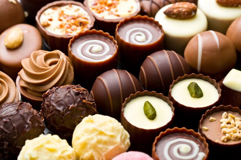 Für viele ein Arbeitsplatz aus Kinderträumen – allerdings arbeiten Süsswarentechnologen nicht nur in Betrieben, die Schokoladenprodukte herstellen, sondern in ganz unterschiedlichen Bereichen, von der Bonbonproduktion bis hin zur Eisherstellung. (#09)
