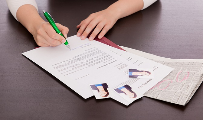 Checkliste Was Gehört In Die Bewerbungsmappe