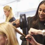 Friseur-Ausbildung: Berufsbild, Gehalt & Voraussetzungen