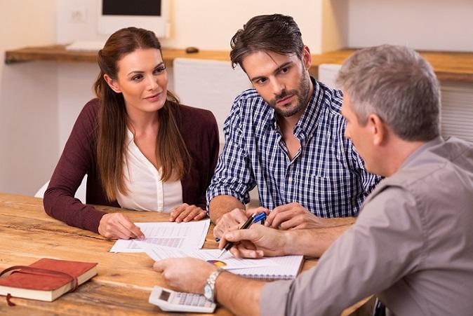Welche Möglichkeiten der Altersversorgung sowie der Berufsunfähigkeitsversicherungen existieren, erfahren Sie am besten durch eine umfassende, möglichst unabhängige Beratung. (#05)