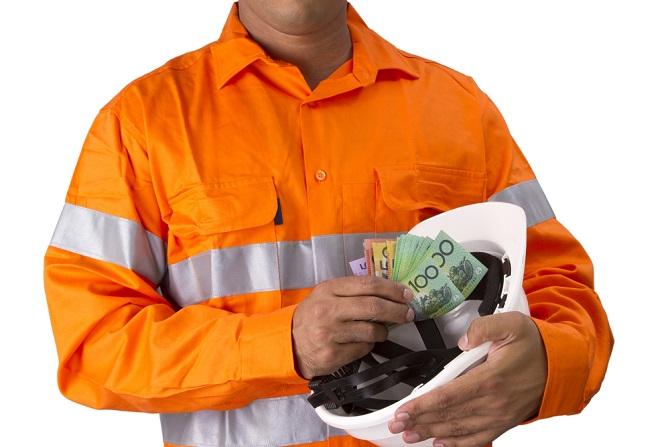 Das Bauhauptgewerbe war in Deutschland eine der ersten Branchen, in denen ein Mindestlohn eingeführt wurde - dies war Anfang 1997 der Fall. Der Tarifvertrag wurde auf Basis des Arbeitnehmer-Entsendegesetzes entwickelt, das 1996 von der deutschen Regierung unter Helmut Kohl als nationale Ausgestaltung der Senderichtlinien auf dem Weg gebracht wurde. (#02)Das Bauhauptgewerbe war in Deutschland eine der ersten Branchen, in denen ein Mindestlohn eingeführt wurde - dies war Anfang 1997 der Fall. Der Tarifvertrag wurde auf Basis des Arbeitnehmer-Entsendegesetzes entwickelt, das 1996 von der deutschen Regierung unter Helmut Kohl als nationale Ausgestaltung der Senderichtlinien auf dem Weg gebracht wurde. (#02)
