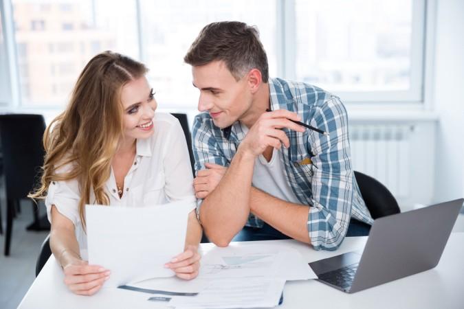 Im Zweifel kann ein Profi beim Bewerbung Schreiben helfen, vielleicht ist aber auch eine gute Freundin der bessere Ratgeber? (#4)