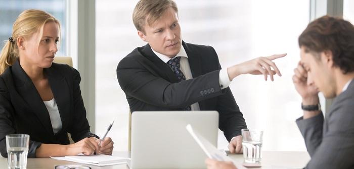 Fristgerechte Kündigung des Arbeitsvertrags: So wird es gemacht?