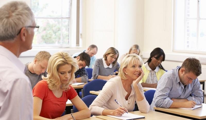 """Denn viele Teilnehmer haben zwar tolle Ideen und wissen, was sie ihren Schülern später beibringen wollen. Es scheitert aber nicht selten an dem """"Wie"""". (#03)"""