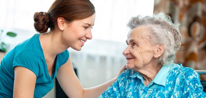 Pflegefachkraft: Mehr als nur Altenhelfer - Das bietet der Beruf