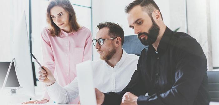 Zwei datengetriebene Jobs im Profil: Data Analyst und Business Analyst