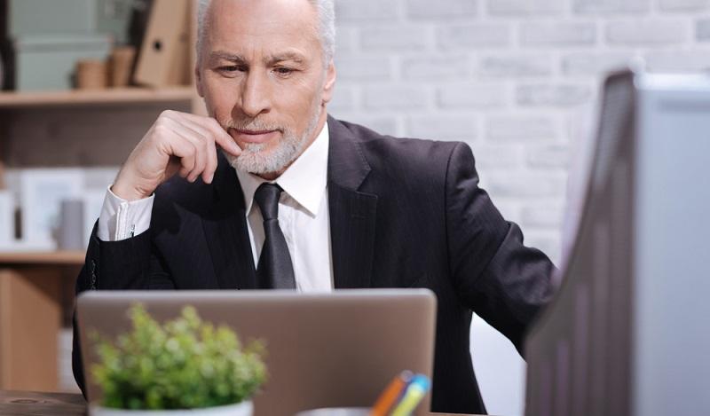 Der Chef darf alle Daten speichern, die er braucht, um seinen Verpflichtungen nachzukommen. (#02)