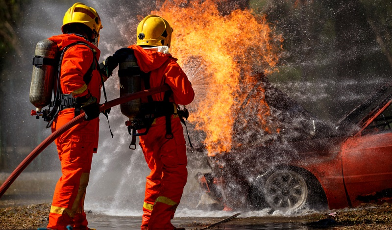Medizinische Tests im Rahmen der Musterung sind unabdingbare Voraussetzungen für Feuerwehrleute, Piloten, LKW-Fahrer und viele andere Berufe. (#05)