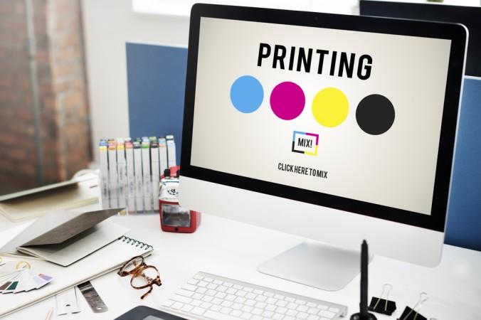 Ist die Dissertation geprüft und finalisiert, folgt der wichtigste Schritt: Der Ausdruck der Doktorarbeit. Hierfür eignen sich moderne Onlinedruckereien. (#5)