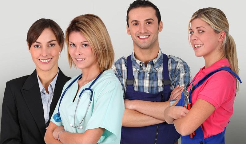 Die IHK empfiehlt für Studienabbrecher, unmittelbar mit der Suche nach einem Ausbildungsplatz zu beginnen. (#02)