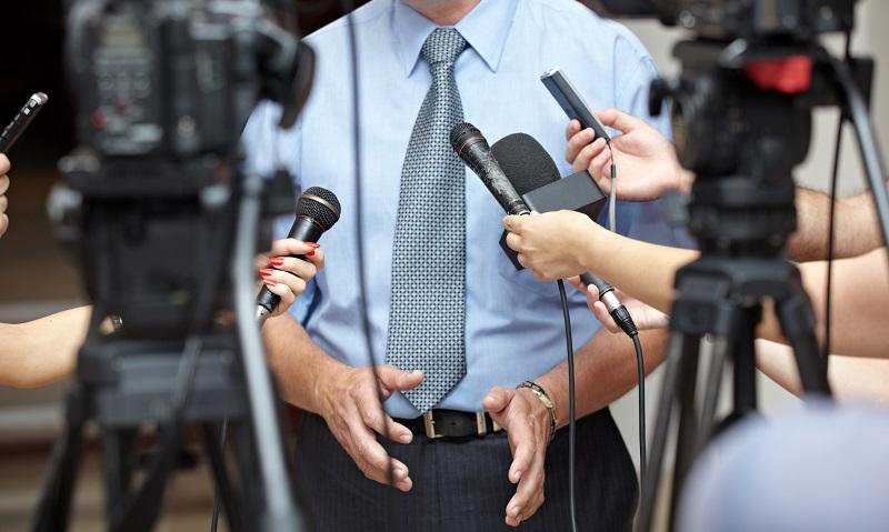 Grundsätzlich führen viele Wege in die Public Relations und damit in den Beruf des Pressesprechers. (#03)
