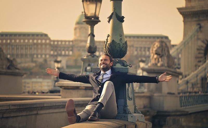Beruflicher Neuanfang: Intrinsisch motivierte Menschen erweitern mit Freude ihr Wissen. (#02)