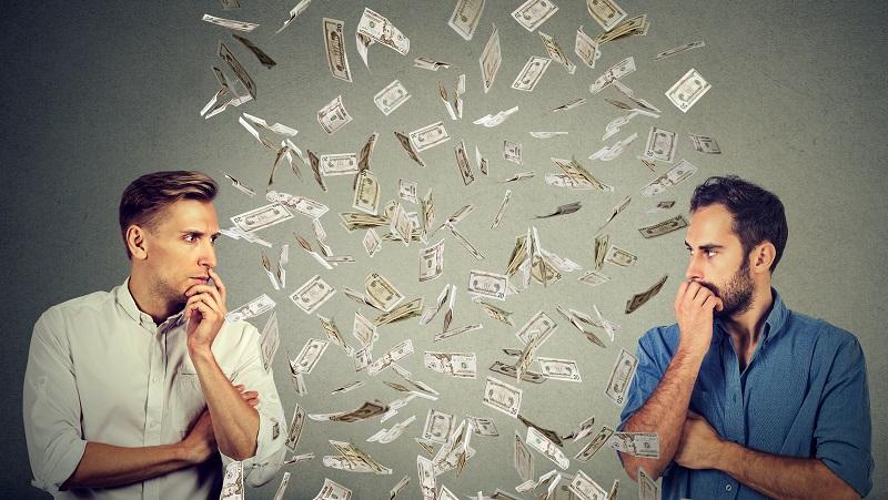 Eine gute Bezahlung ist kein Garant für langfristige Zufriedenheit beim beruflichen Neuanfang. (#01)