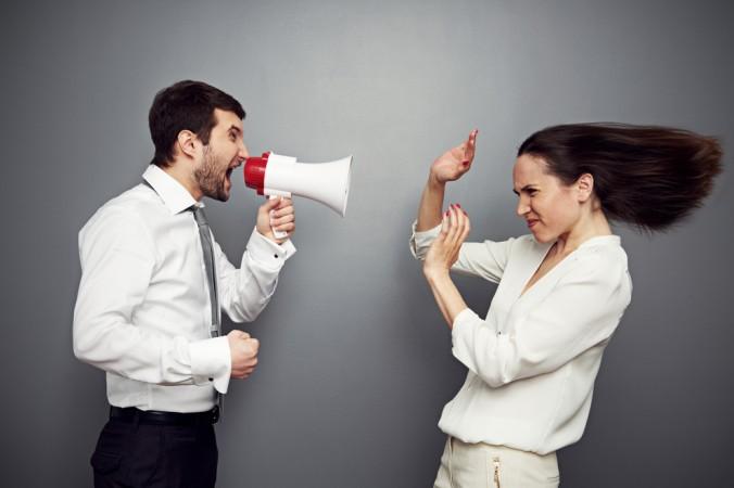 Konflikte austragen will gelernt sein: Um am Ende auf einen Nenner zu kommen, sollte man Gespräche zielführend führen und Gesprächsregeln kennen. (#1)