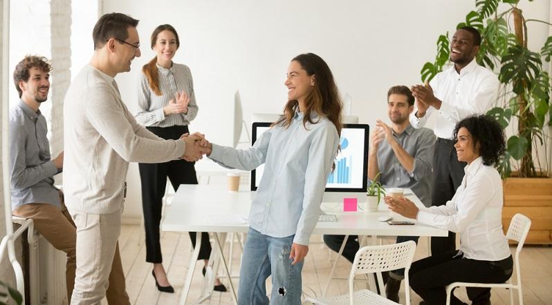 Als Arbeitgeber sollte es Ihr Ziel sein, gut ausgebildete Mitarbeiter zu beschäftigen, die einen Mehrwert für Ihr Unternehmen bringen. (#03)