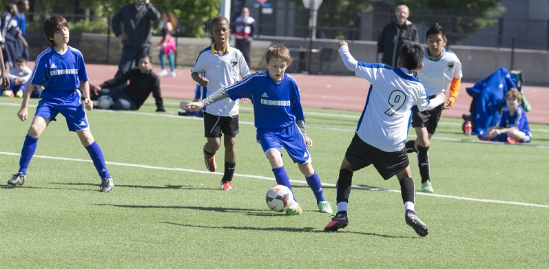 In der U12 beginnt das große Aussortieren. Die DFB-Talentförderung wählt jährlich ungefähr 6.000 U12 Nachwuchsspieler aus. (#02)