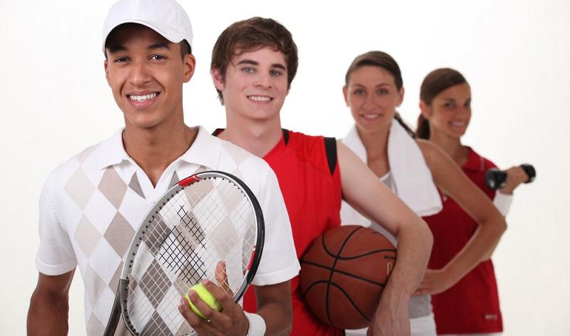 Die Begeisterung für Sport hat in den letzten Jahrzehnten deutlich zugenommen. Einer der wesentlichen Gründe dafür liegt darin, dass immer mehr Menschen Wert auf ein gesundes und aktives Leben legen. Sport ist dafür unbedingt notwendig. (#01)