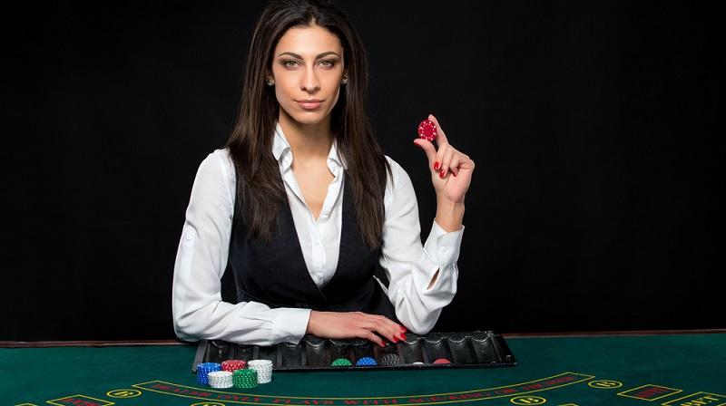 Für das Gehalt des Casino-Dealers gibt es keine festen Normen, denn hier liegen keine Gewerkschaftstarife zugrunde. (#04)