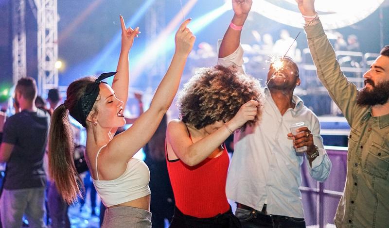 Ziel eines Promoters auf Mallorca: Möglichst viel Partyvolk in die Clubs zu bekommen. (#1)
