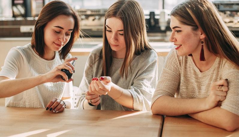Als Produkttester für die Meinungsforschung oder für einzelne Unternehmen tätig sein, kann ein attraktiver Nebenjob sein, welcher in den heimischen vier Wänden möglich ist.