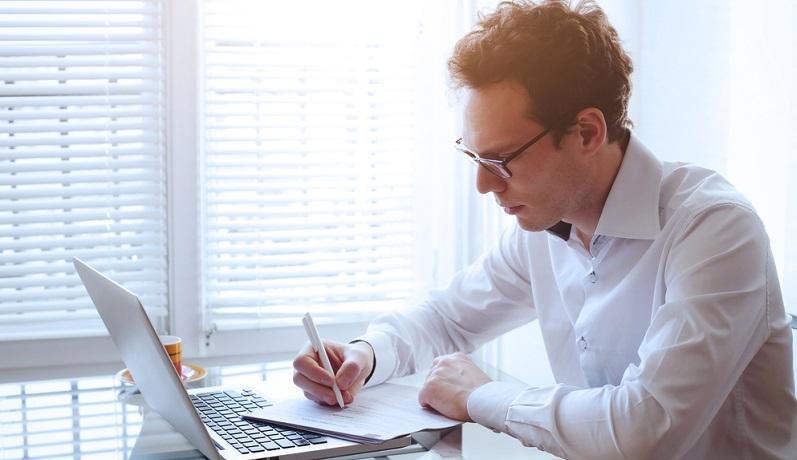Formulieren Sie bitte zunächst eine freundliche Zahlungserinnerung. Bester Zeitpunkt: Am ersten Tag nach Verstreichen der Zahlungsfrist.