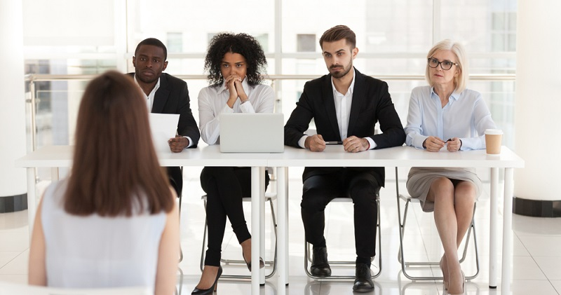 Unabhängig vom Einsatz innovativer Methoden der Personalauswahl läuft ein Personalauswahlverfahren in verschiedenen Stufen ab