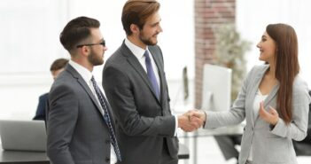 Neue Mitarbeiter finden: Mit diesen Tipps klappt es ganz bestimmt