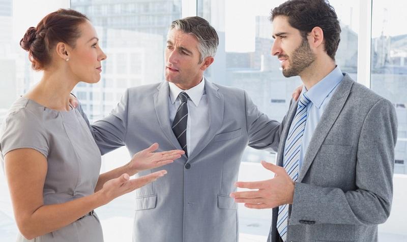 Die Agentur ist praktisch das Bindeglied bei der Personalvermittlung Frankreich und steht somit zwischen Unternehmen und Mitarbeiter.