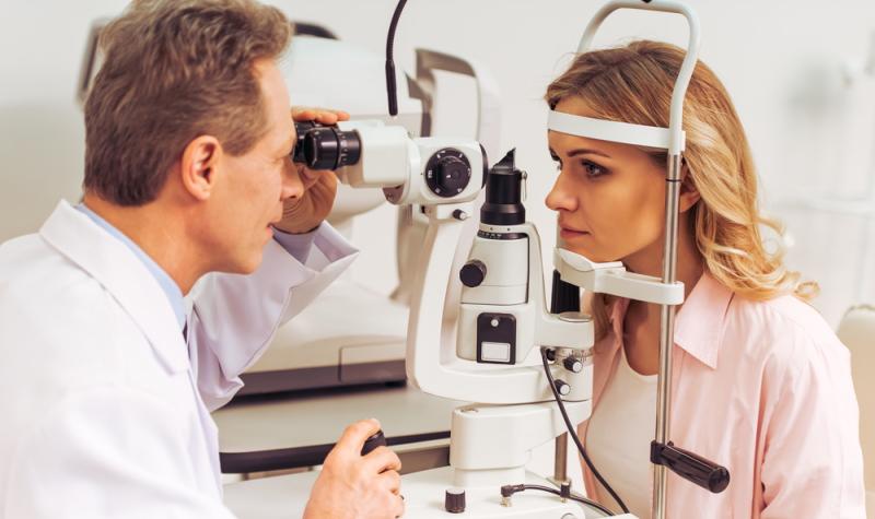 Die beste Augenklinik in Hessen: Eine gute Beratung und umfangreiche Voruntersuchungen sind das A und O.