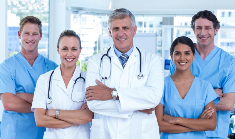 Altersweitsichtigkeit Lasern: Im Test schnitten alle Augenkliniken mit gutem Ergebnis ab.