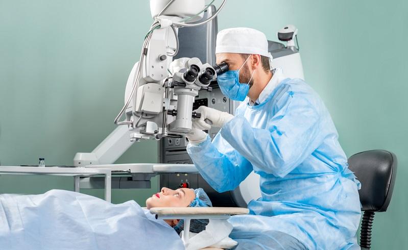 Die verschiedenen Erfahrungen mit dem Augelasern zeigen, dass es sowohl gute als auch weniger gute Erfahrungen gibt.