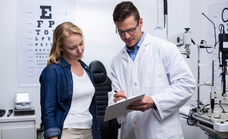 Auch die laut Focus oder anderen Testern beste Augenklinik in Deutschland kann nicht tätig werden, ehe ein ausführliches Beratungsgespräch durchgeführt wurde.