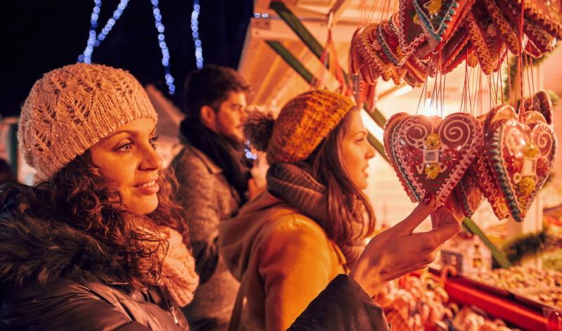Beim Klassiker Weihnachtsmarkt spielt die Größe der Belegschaft eine untergeordnete Rolle. Gemeinsam können die Kollegen hier echtes Weihnachtsflair spüren, gemeinsam Weihnachtsleckereien essen oder Glühwein trinken.