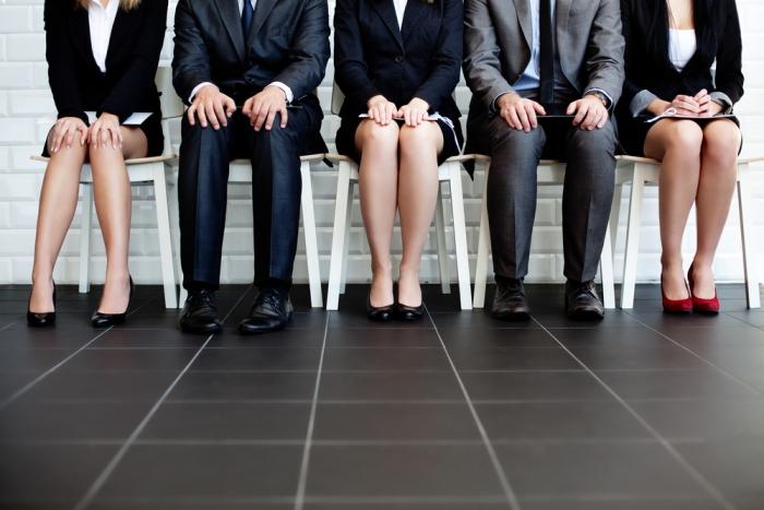 Je mehr Kandidaten ein Jobangebot anzieht, umso eher sinkt deren Engagement.