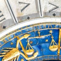 Merkur im 8. (achten) Haus. Das Horoskop. (Foto: shutterstock - Viacheslav Lopatin )