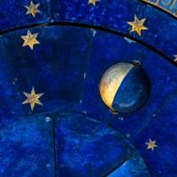 Mond im 8. (achten) Haus. Das Horoskop. (Foto: shutterstock - Viacheslav Lopatin )