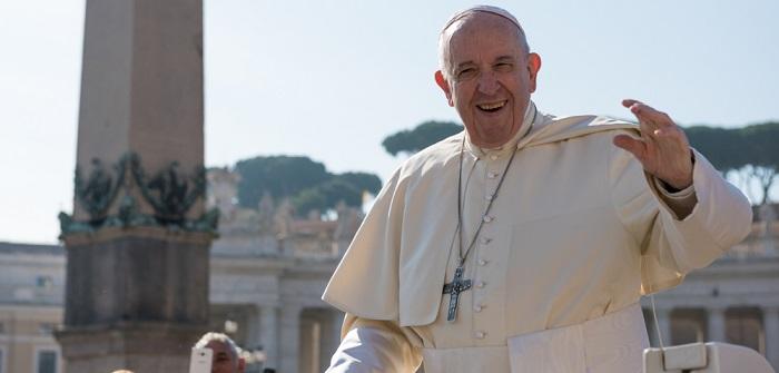 """Does Pope use E-Mail?"" (Benutzt der Papst E-Mail?) (Foto: Shutterstock-Maciej Matlak )"