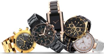 """Eine """"Lange E-Mail"""": Nachfragen zu Uhren des Qualitätsherstellers ( Foto: Shutterstock- Afshin Kabbi )"""