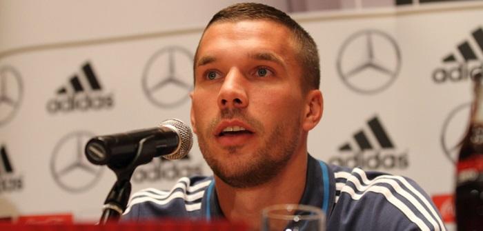 Podolski E-Mail: Fußballer denkt über Rückkehr nach ( Foto: Shutterstock- Tomasz Bidermann)