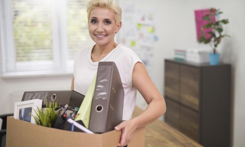 Bei einem Jobwechsel nach dem 30. Juni sieht das Urlaubsrecht vor, dass Arbeitnehmer den vollen Urlaubsanspruch gegenüber dem alten Arbeitgeber geltend machen können.  ( Foto: Shutterstock-_gpointstudio )