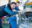 Zerspanungsmechaniker Ausbildung: Alles, was Dir zusteht, was Du damit erreichen kannst, wie die Ausbildung verläuft und die häufigsten Fragen und die besten Antworten dazu ( Foto: Shutterstock-romul 014 )