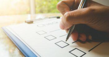Link vorschlagen: darauf müssen Editoren bei der Prüfung achten (Foto: shutterstock - Boophuket)