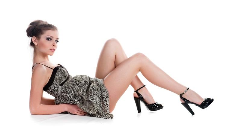 Es gibt Stilsünden bei Frauen, die eigentlich bekannt sind, die aber immer wieder vorkommen.  ( Foto: Shutterstock-Dima Zagravsky )