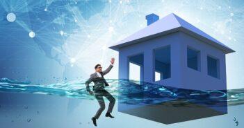 Was passiert mit dem Hauskredit bei Arbeitslosigkeit und Kurzarbeit? ( Foto: Shutterstock-Elnur)