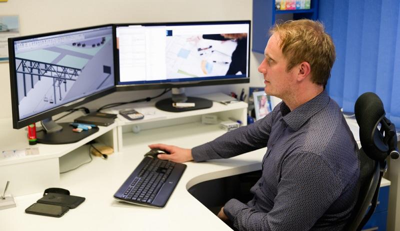 Nur allzu oft starten junge Ingenieure nach dem Studium frohen Mutes in die Arbeitswelt.  ( Foto: Shutterstock- Jaroslav Moravcik )