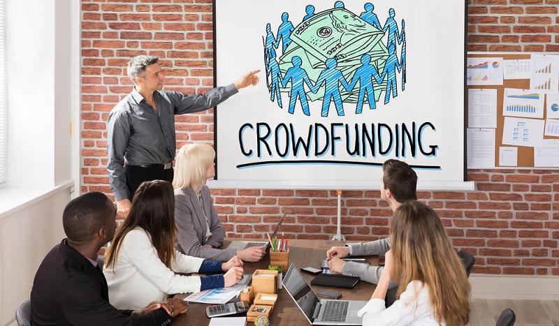 Der Kredit für Selbstständige ist auch über Crowd Funding möglich. (Foto: Shutterstock-Andrey_Popov)